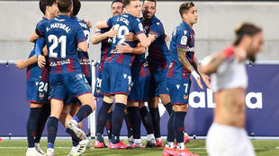 A late own goal saw Levante snatch a point