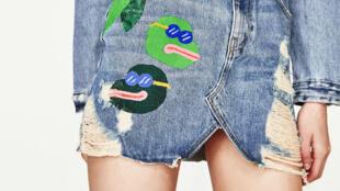 Zara met en vente une jupe avec des grenouilles ressemblant étrangement au mème raciste Pepe the frog.