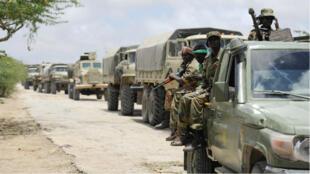 L'armée nationale somalienne reçoit l'appui et l'encadrelment de l'armée américaine.