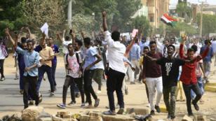 الأزمة السودانية تفجرت في ديسمبر/كانون الأول 2018، فهل تفضي لحكم مدني؟