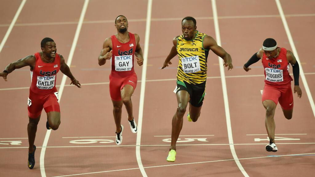 Usain Bolt s'impose en finale du 100mètres aux Mondiaux de Pékin.