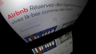 En tout, plus de 10 millions de Français ont bénéficié des services d'Airbnb et 400 000 annonces dans l'Hexagone sont répertoriées sur le site.