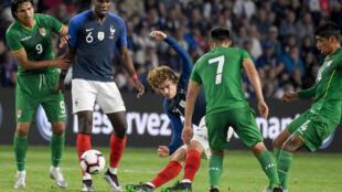Grâce à son 29e but marqué en Bleu lors du match France-Bolivie, le 2 juin 2019, Antoine Griezmann s'installe à la 8e place des meilleurs buteurs bleus de tous les temps devant Youri Djorkaeff.