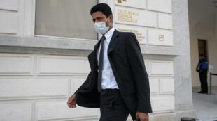 Le président du Paris-SG, le Qatari Nasser Al-Khelaïfi, à sa sortie du Tribunal fédéral de Bellinzone, en Suisse, le 14 septembre 2020
