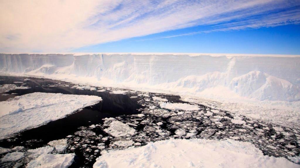 El rápido derretimiento de la masa de hielo antártico comenzó en 2014.