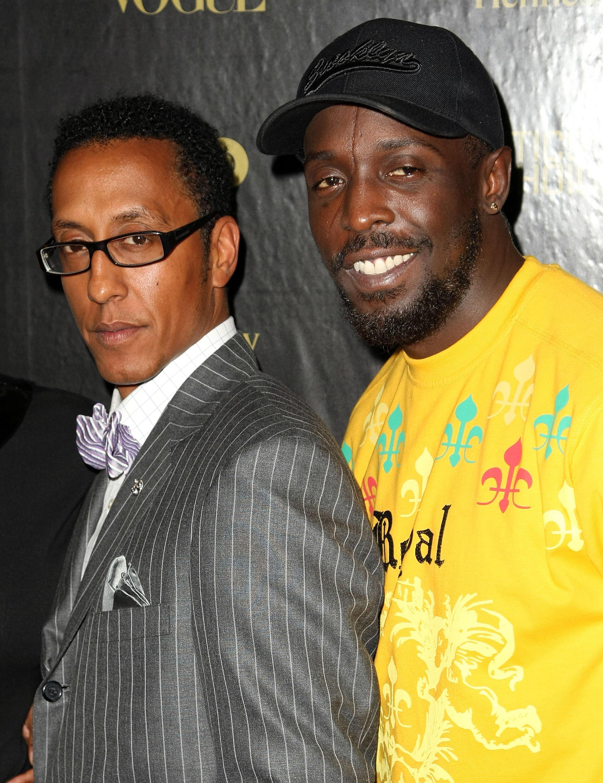 """Andre Royo (G) e Michael K. Williams, cast della serie. """"il cavo"""", a New York, 5 marzo 2008"""