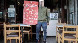 Protest: South Africa's restaurant industry says a night-time curfew and a ban on alcohol are destroying business