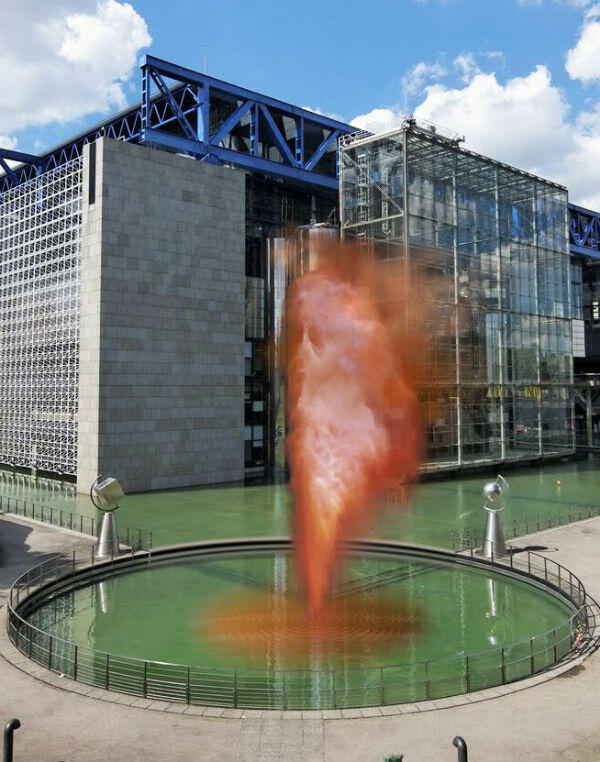 Fabien  Léaustic,  geyser,  2018  ©  Agence  Eva  Albarran