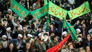 Une manifestation d'Iraniens progouvernement dans la capitale Téhéran, le 30 décembre 2017.
