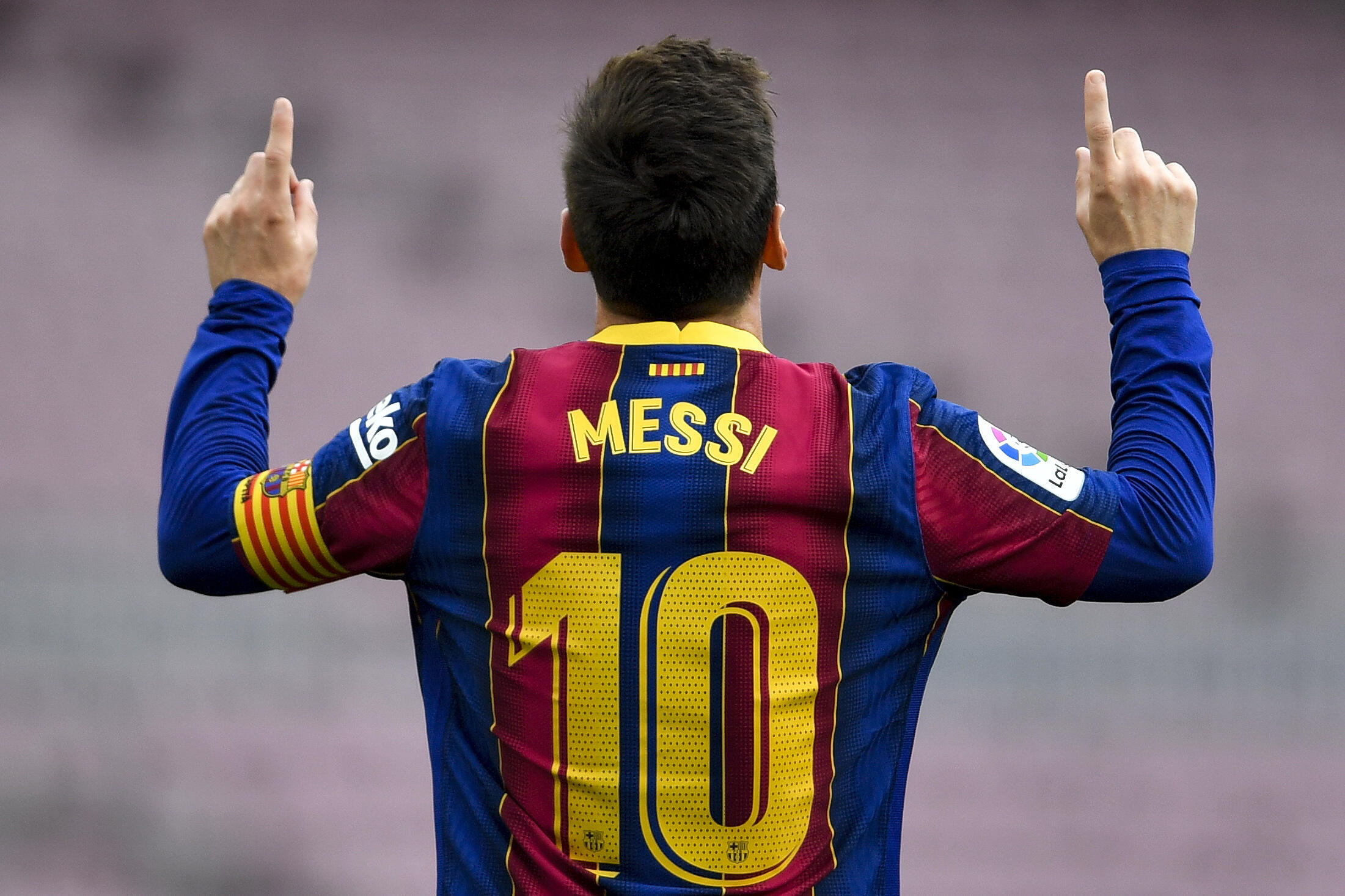 Barcelona Left To Say Thanks For The Memories As Messi Heads For Paris France 24