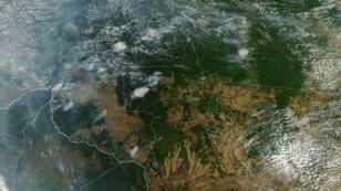 Des images obtenues le 21 août 2019, de l'Observatoire de la Terre de la Nasa, montre plusieurs incendies dans les États de l'Amazonie brésilienne.