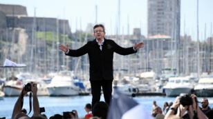 Le leader de la France insoumise, en campagne à Marseille le 9 avril 2017, avant le premier tour de la présidentielle.