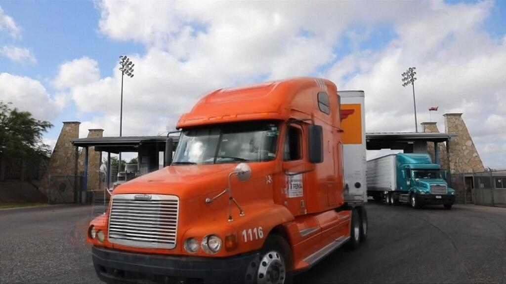 Trucking 'bloodbath': What the freight industry tells us