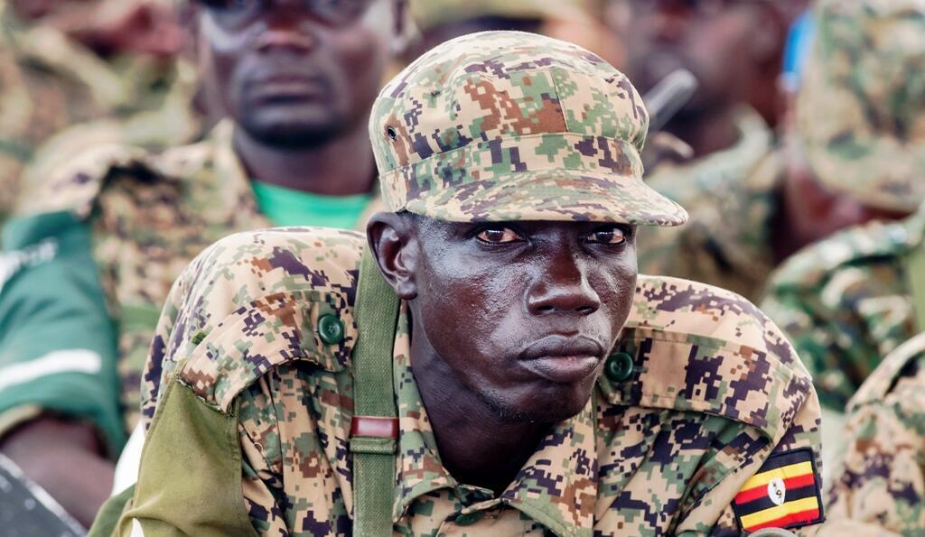 Un soldat ougandais de la Force de défense du peuple ougandais (UPDF), sur une base militaire de Juba le 22 octobre 2015.