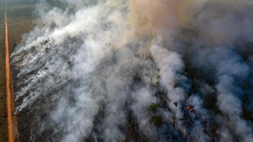 الحكومة البرازيلية ترفض عرض مجموعة السبع مساعدتها لإخماد حرائق الأمازون