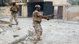 مقاتلون تابعون لحكومة الوفاق في سرت 28 آب/أغسطس 2016