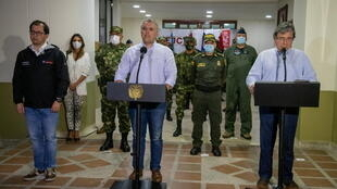 3_COLOMBIA-REBELS (1)