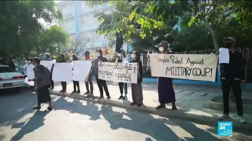 2021-02-04 10:01 Coup d'Etat en Birmanie: les appels à résister au putsch se propagent
