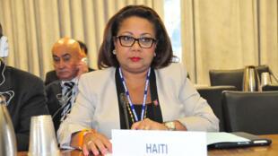 Florence Duperval Guillaume tentera de mettre fin à la crise politique haïtienne.