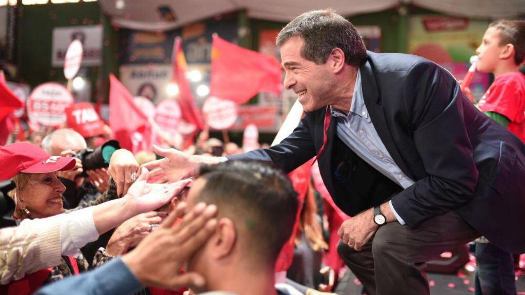 El candidato Ernesto Talvi, del Partido Colorado en un acto de campaña.