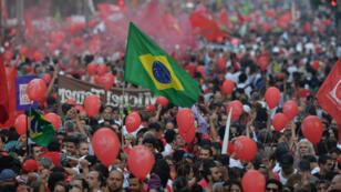 Une manifestation de soutien à l'ancien président brésilien Lula à Sao Paulo, le 18 mars 2016.