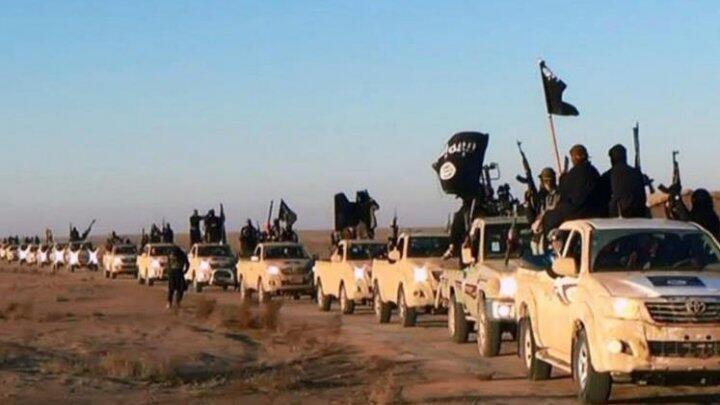 """سيارات رباعية الدفع منها المزود بمضادات طيران 23 الرائجة الاستعمال لدى """"الدولة الإسلامية"""""""
