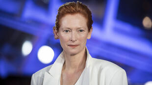 British actress Tilda Swinton is to receive a lifetime achievement award at this year's Venice Film Festival