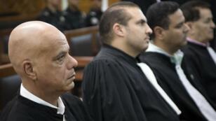 Des avocats attendent l'arrivée des accusés, le 18 juillet 2019, dans le tribunal de Sale, près de Rabat.
