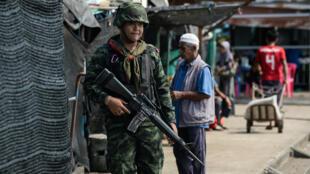 Thailande-Soldat-Tuerie