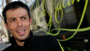 Víctor Hugo Peña, ciclista colombiano habló con los medios de comunicación después de que terminó 10º en la Etapa 3 del Amgen Tour de California, el 20 de febrero de 2008 desde Modesto a San José, California.