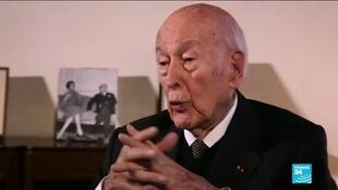 2020-12-03 11:01 Tributes from political figures pour in for Former French President Valéry Giscard d'Estaing
