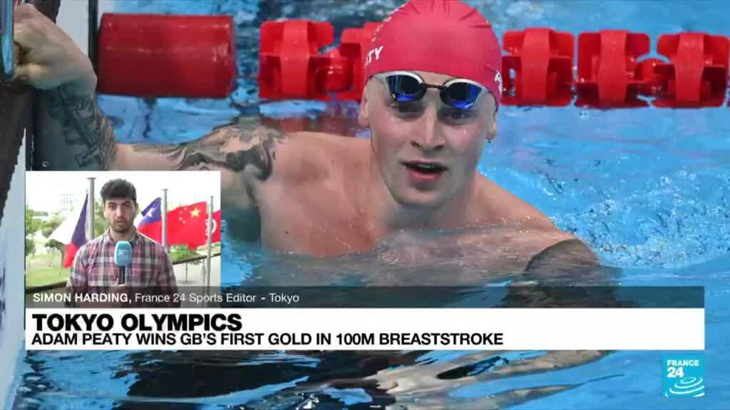 2021-07-26 10:11 Britain's Adam Peaty wins 100m breaststroke gold to defend Olympic title