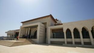 القصر الرئاسي في قرية سردا