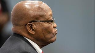 El expresidente sudafricano, Jacob Zuma, comparece ante la Comisión de Investigación sobre Captura Estatal en Johannesburgo, Sudáfrica, el 15 de julio de 2019.
