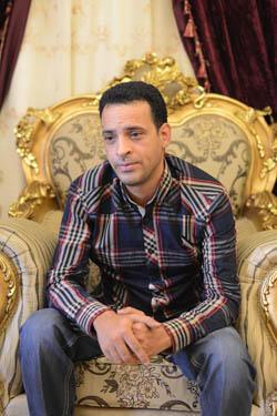 """Reda Massoud, pro-Morsi : """"L'État policier est de retour, on a juste enlevé Moubarak pour mettre Sissi"""""""