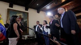 Delcy Rodriguez en juramentación de los gobernadores Alfredo Díaz, Laidy Gómez, Ramón Guevara y Antonio Barreto. 23 de octubre del 2017, Caracas, Venezuela.