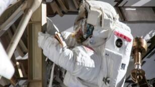رائدة الفضاء الأمريكية آن ماكلين، في محطة الفضاء الدولية، 22 مارس/آذار 2019