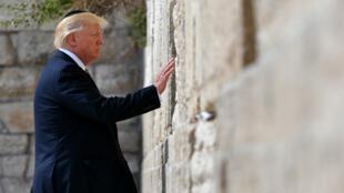 Le président américain Donald Trump au mur des Lamentations, à Jérusalem, le 22 mai.
