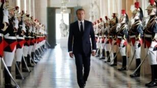 الرئيس الفرنسي إيمانويل ماكرون في قصر فرساي قرب باريس لإلقاء خطاب في التاسع من تموز/يوليو 2018