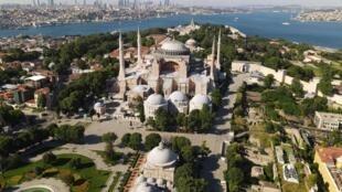 Vue aérienne de Saint-Sophie à Istanbul le 28 juin 2020