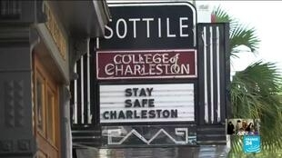 2020-05-25 09:08 Tourists trickle back as Charleston reopens after coronavirus shutdown