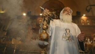 Un prêtre copte en Égypte