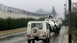 آليات لليونيفيل تسيّر دورية في قرية كفركلا في جنوب لبنان على طول الحدود مع إسرائيل في 6 ك1/ديسمبر 2018.