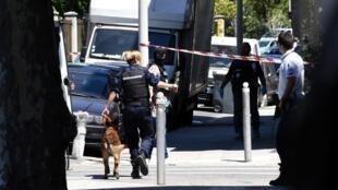 Les enquêteurs ont procédé à cinq interpellations depuis le début de l'enquête sur l'attentat de Nice.