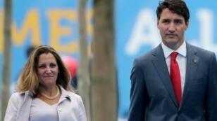 رئيس الوزراء الكندي جاستن ترودو ووزيرة الخارجية الكندية كريستيا فريلاند