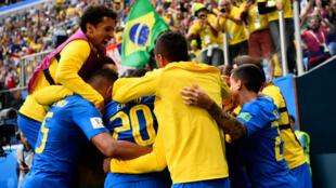Les Brésiliens se sont imposés dans la douleur face au Costa Rica.