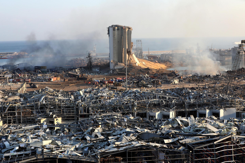 Imagen del 21 de agosto de 2020, con parte de los estragos que dejó la explosión en el puerto de Beirut, Líbano, el pasado 4 de agosto de 2020.
