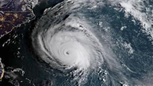 La perturbation du cyclone a un diamètre de 600 km.