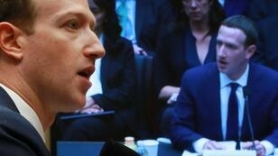 El video falso de Mark Zuckerberg es una creación de dos artistas británicos.
