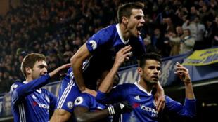 Insatiable de victoires, Chelsea caracole en tête du championnat d'Angleterre.